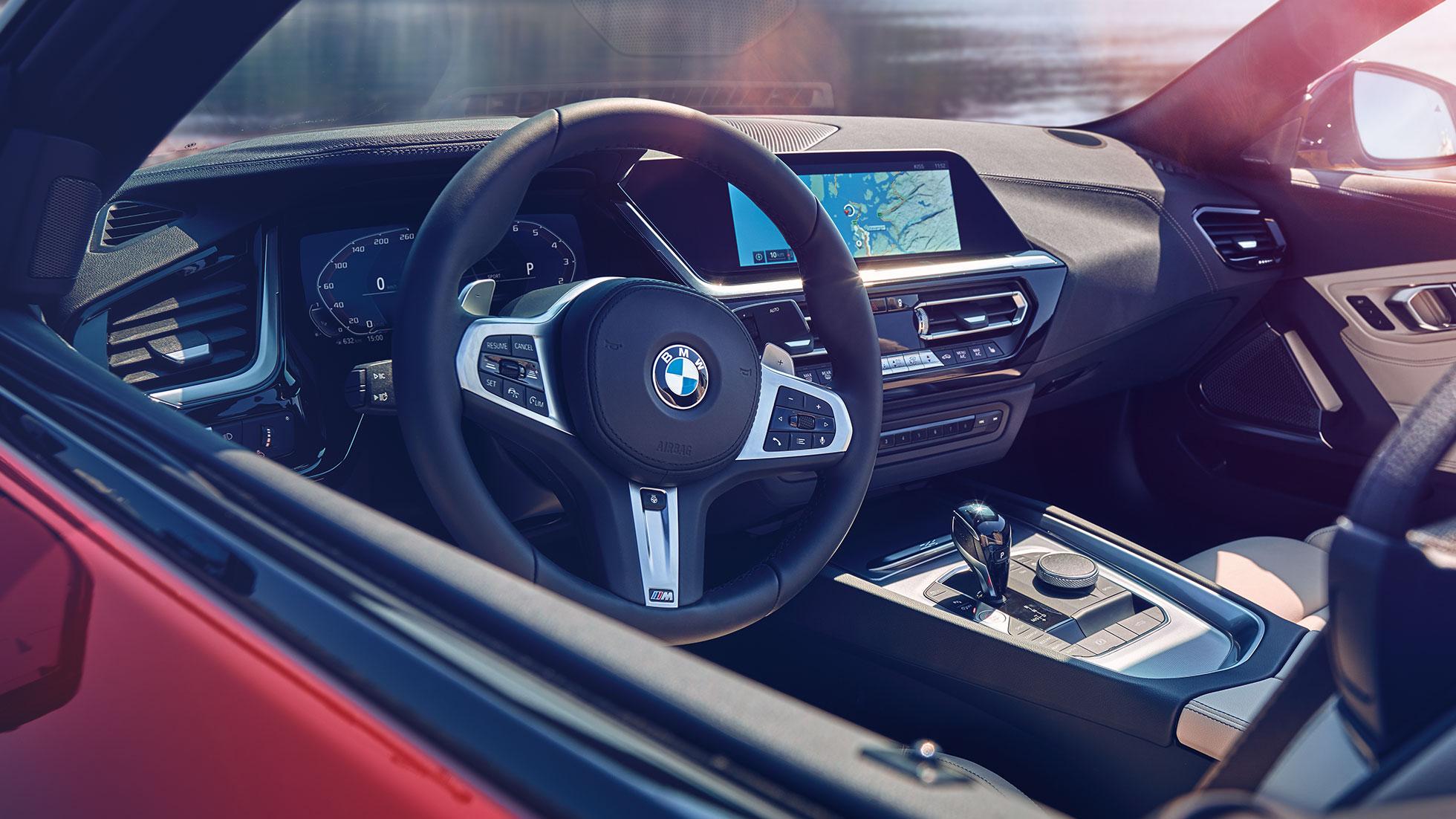 Vue de la place du conducteur de la BMW Z4 Roadster